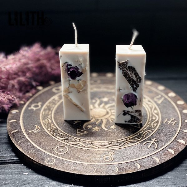 Set of 2 White Ritual Beeswax Candles with Snake Skin for Energy Cleansing and Balancing