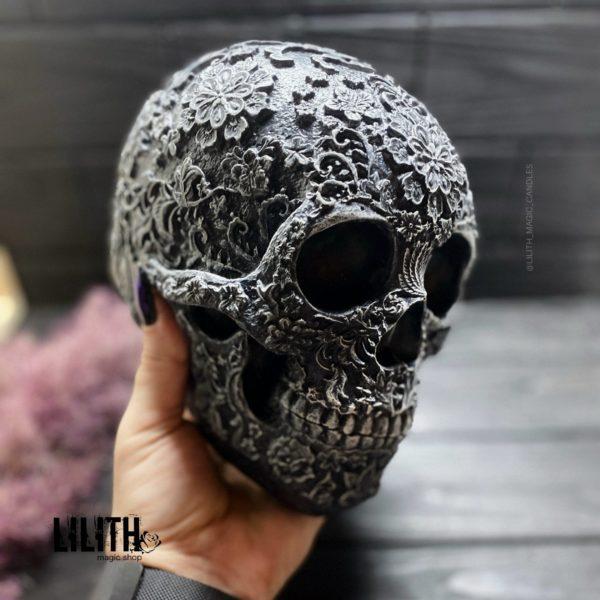 Черный череп Santa Muerte из гипса